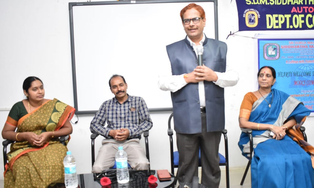 Two-day workshop on MOODLE software held