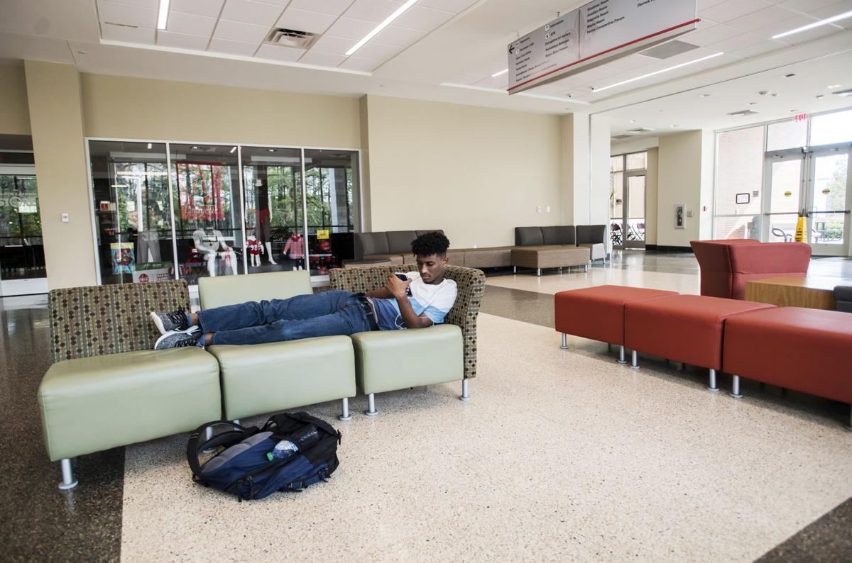 UL shifting to remote learning beginning Wednesday; classes canceled Monday, Tuesday